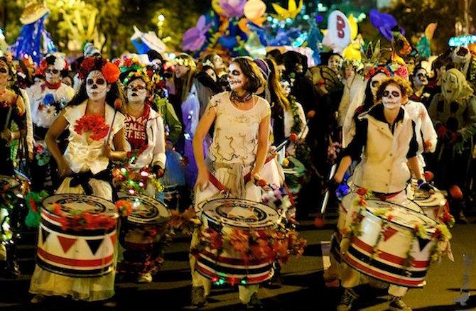 Парад в США на Halloween